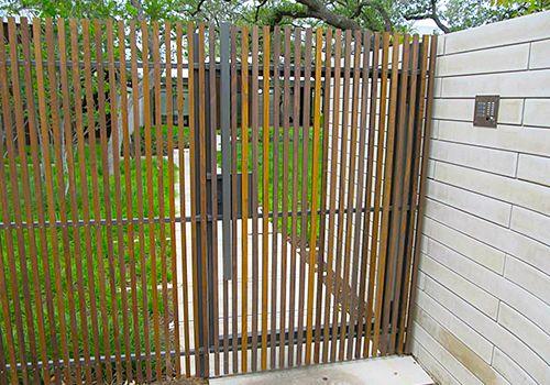Company Installing Walk Gates in Austin